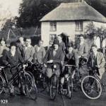 Group cycling - Banwell 1929